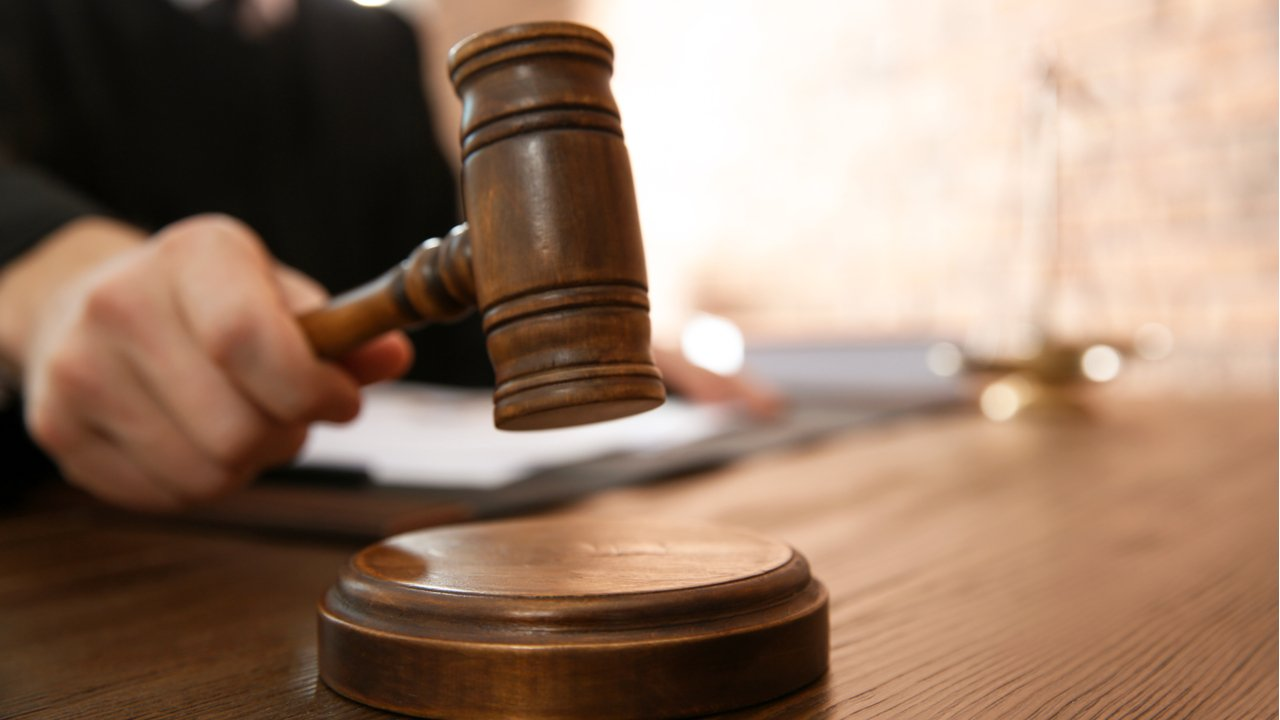 Court Orders Records Turned Over to Shareholder